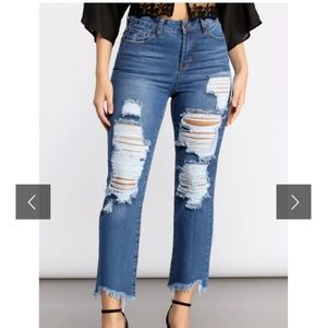 NWT High Rise Super Destructed Jeans
